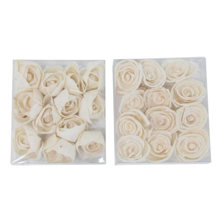 Rosas decorativas beige