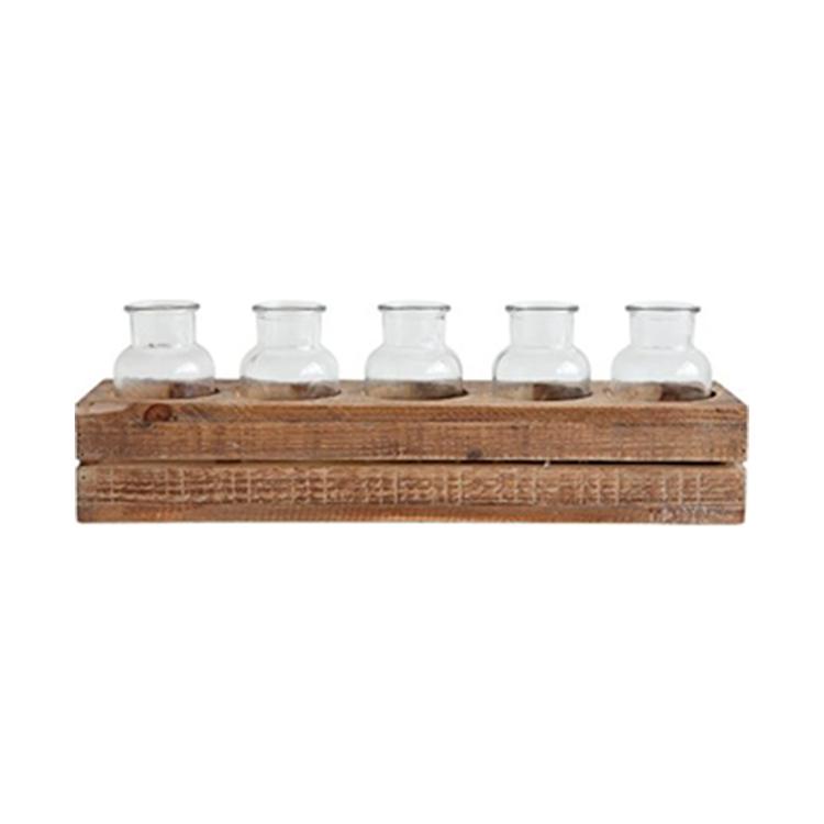 Caja con botellas
