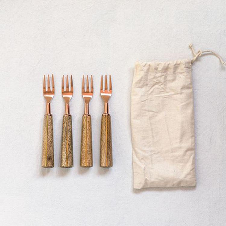Tenedores para aperitivos con madera