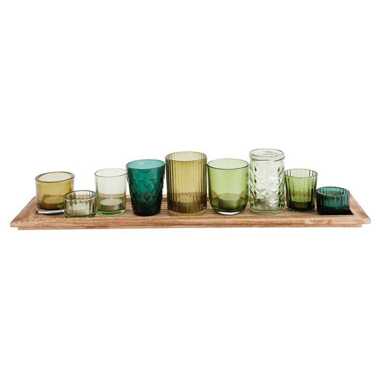 Charola con vasitos verdes