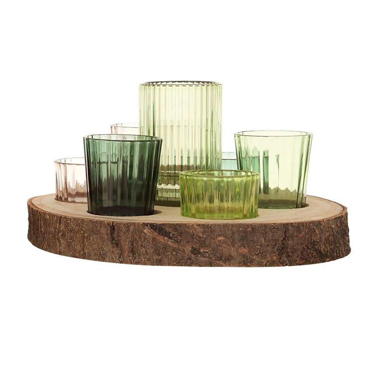 Charola redonda con vasitos verdes
